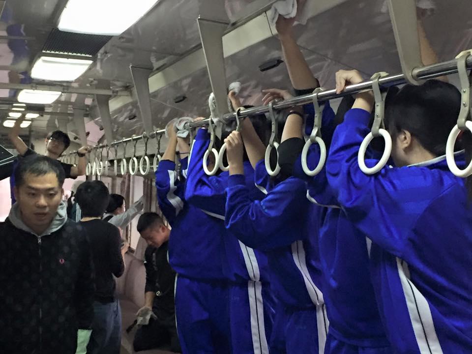 フラワー長井線車両内清掃プロジェクト